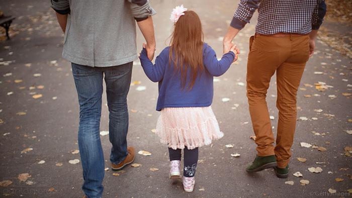 美国德州新法案或阻碍LGBT收养子女