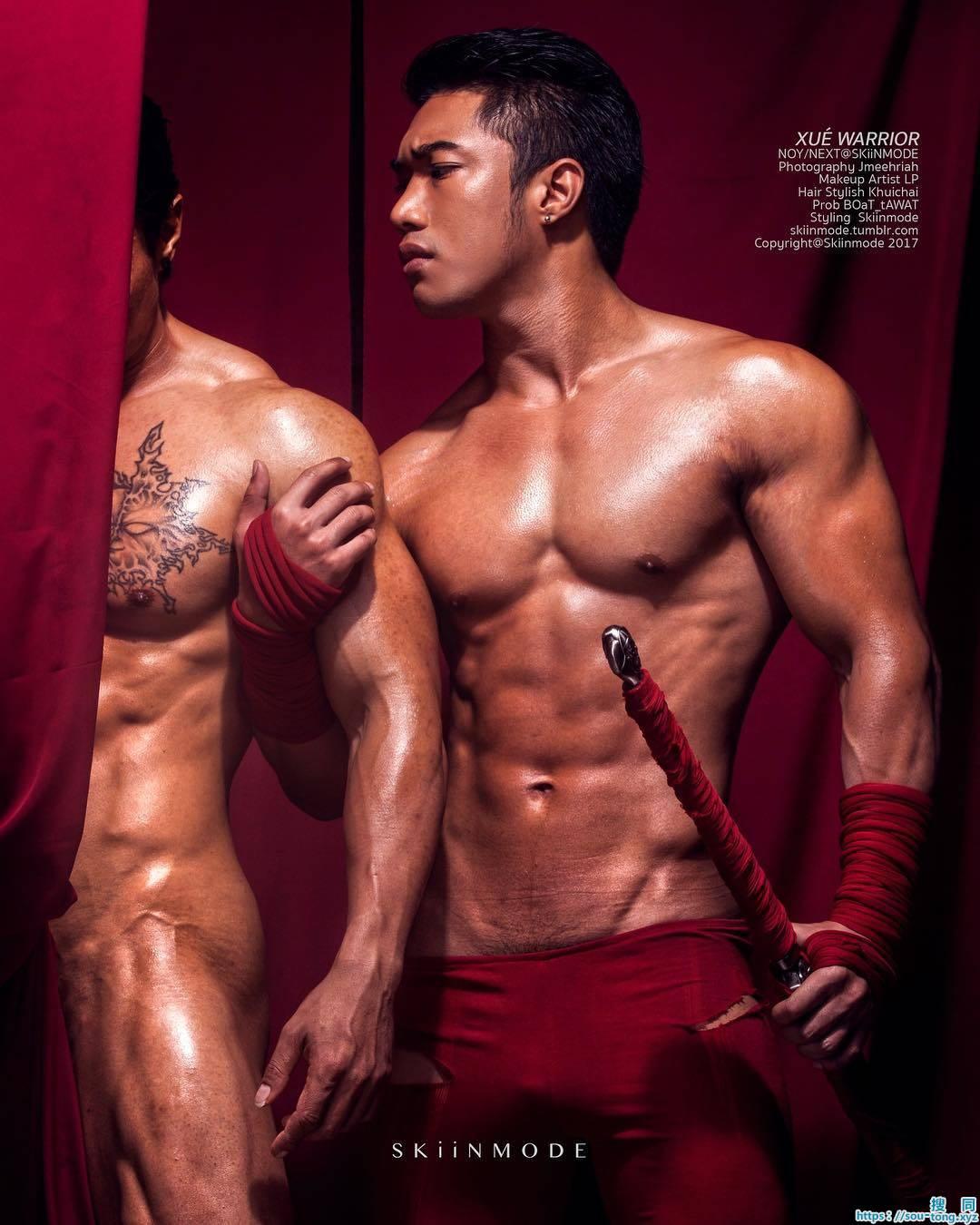 肌肉线条颜值颇高的男模们