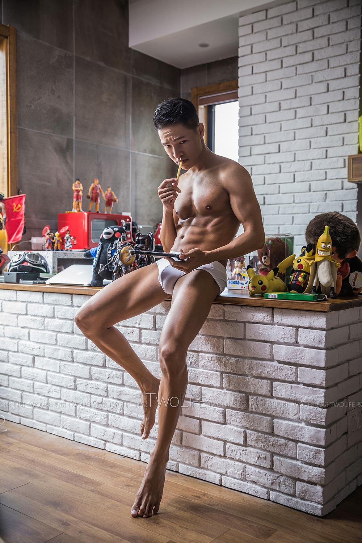 Twolife視覺男體攝影:童心未泯的大男孩
