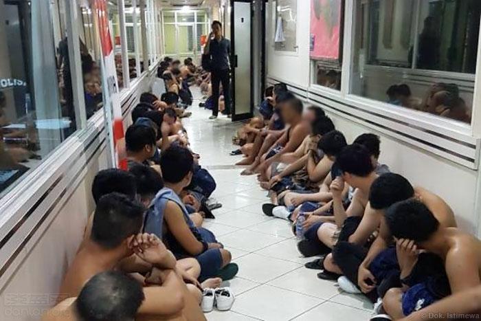 印尼警方逮捕141名同志派对参加者