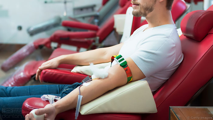 英国将进一步放宽男同献血规定