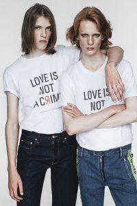 丹麦品牌义售T恤,捐助车臣同志