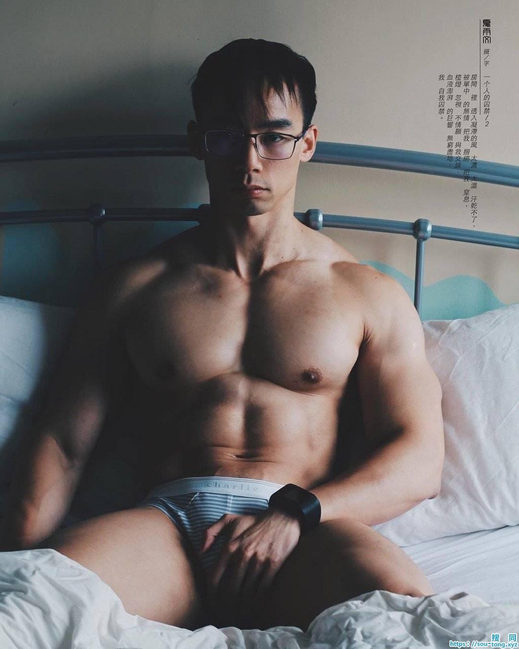 越南健壮肌肉模特