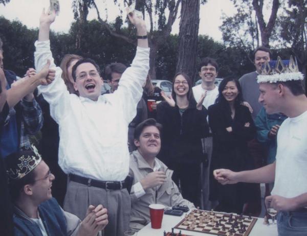 一场同性婚礼震动美国政治投资科技圈,新郎到底何方神圣?