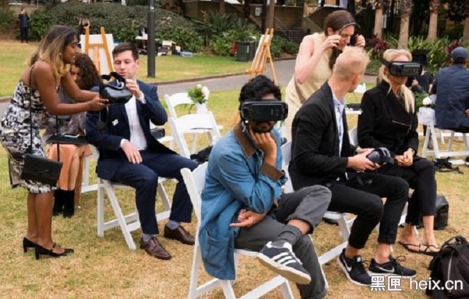 为了促进同性婚姻合法化,澳大利亚人用VR记录同性婚礼