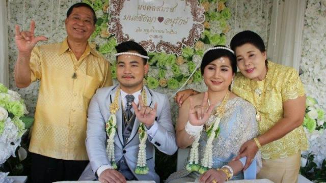 泰国同性恋男子变性做女人 只为嫁给爱人