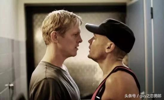 丹麦同性电影《断背禁爱》纳粹小弟爱上黑帮老大