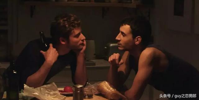 《暗之光》同性爱情现实中是显得那么的脆弱无力!