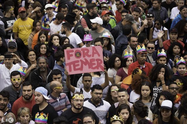 因为爱所以爱!巴西圣保罗300万人参加同性恋游行狂欢