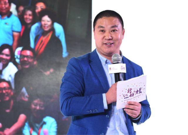 我们探访了一个中国最大的同性恋组织,两个字:吃惊