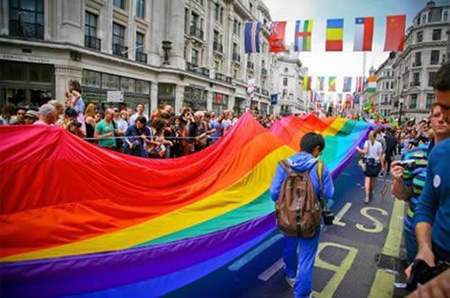 英政府打击歧视同性恋行为 拟立法禁性倾向矫正治疗