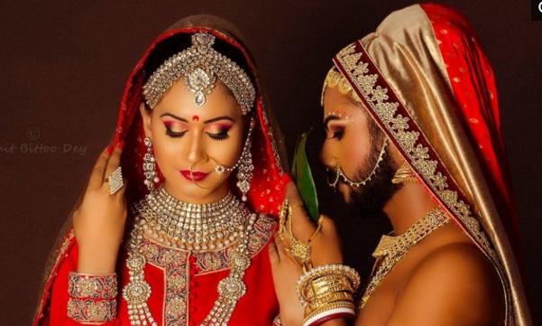两名印度同性恋竟共享一位娇妻