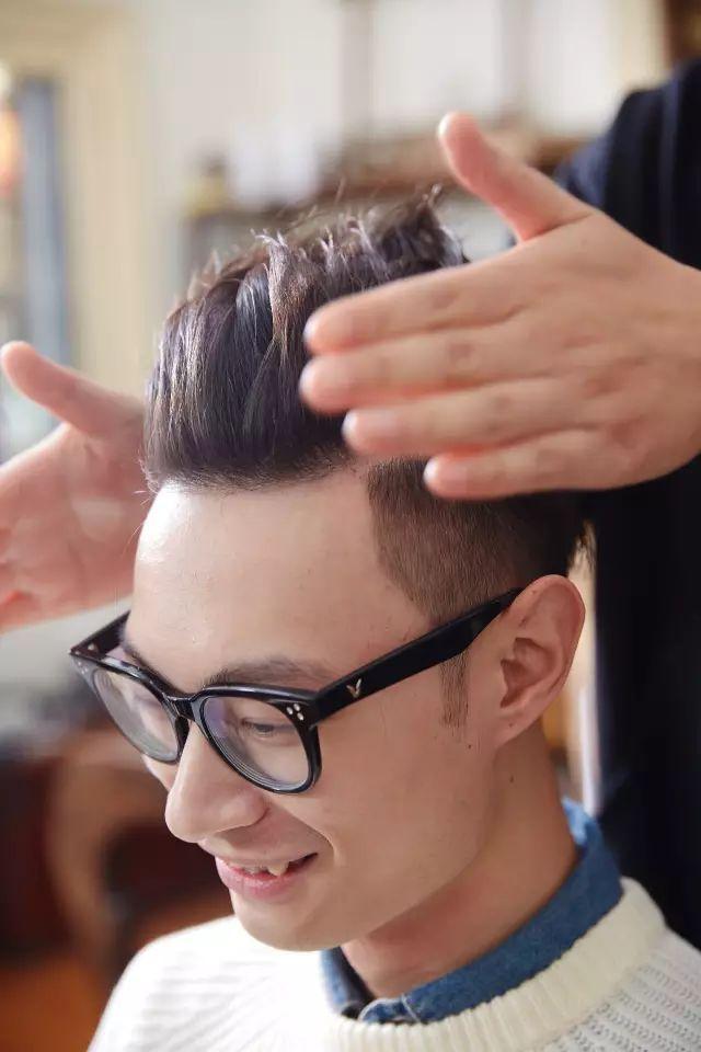 冬天男生发型很难搞?手把手教你自己如何在家打理!
