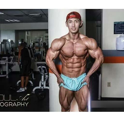 韩国肌肉男明星图片 拒绝娘炮
