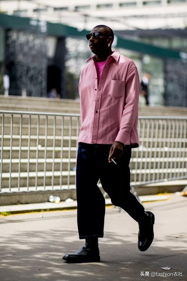 穿极简风,一个字,帅!更接近和时尚。